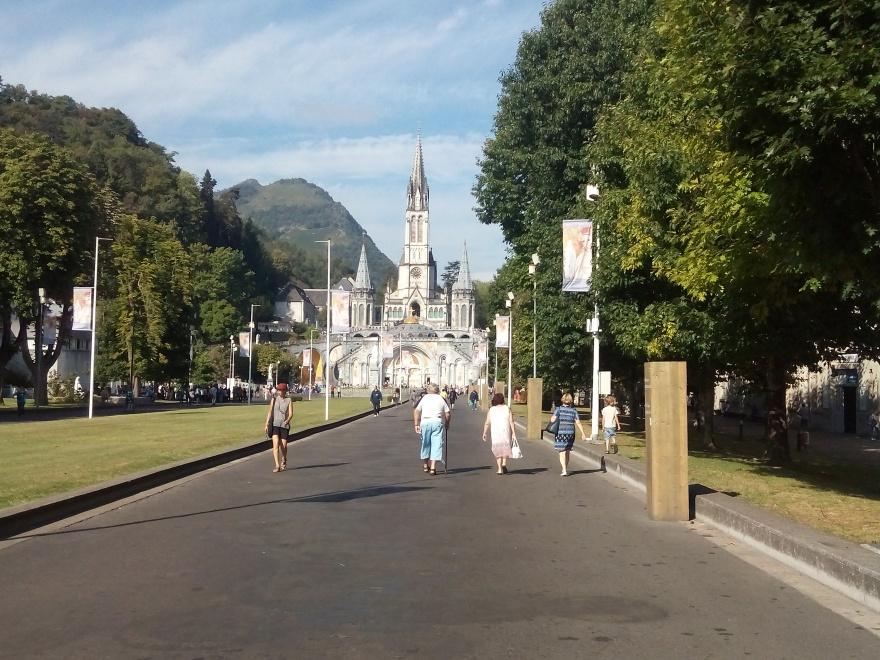 Sanctuary_Our-Lady-of-Lourdes_2016