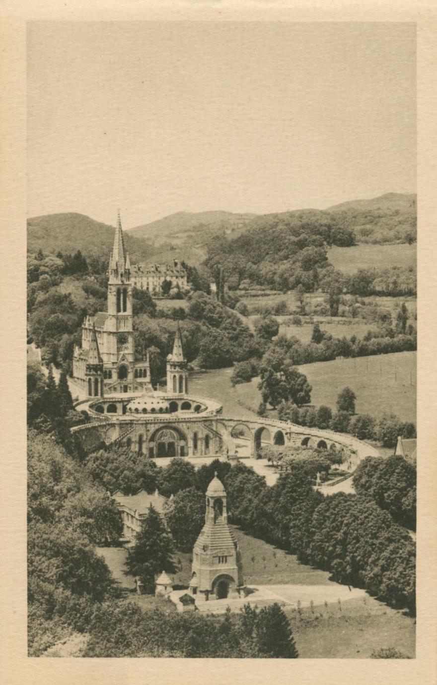 Lourdes_1937_Postcard1
