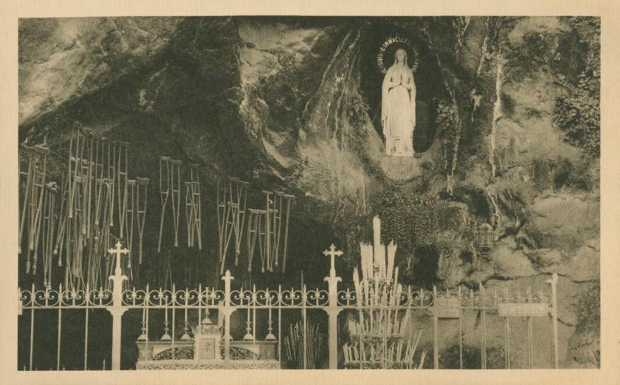 Lourdes_1937_Postcard2