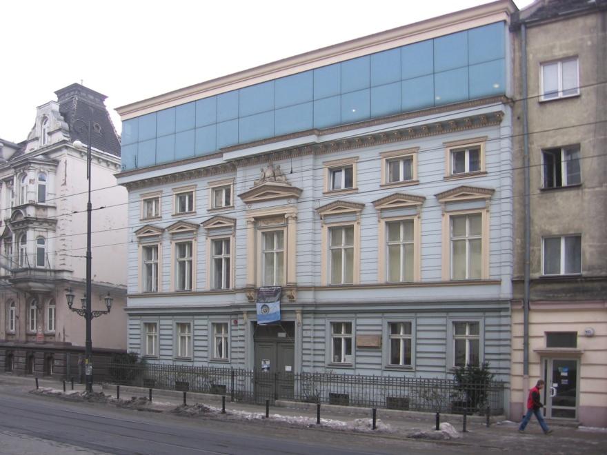 PubDomain_wkm_Stein-Home-Wroclaw