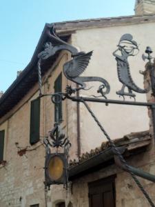 Dragon-lamppost-Assisi-2019