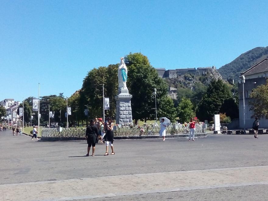 Our-Lady-Lourdes-2016-SEEBernadettePg
